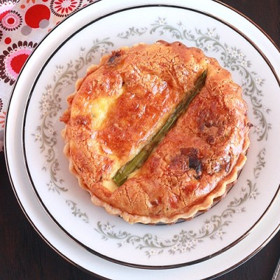 Bacon, Pepper Jack and Asparagus Quiche
