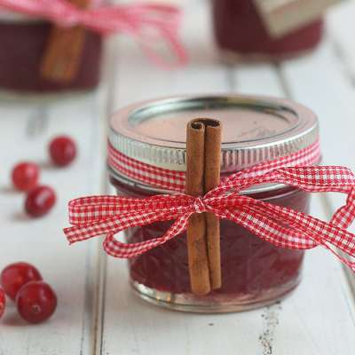 Strawberry Cranberry Jam [Christmas Jam]