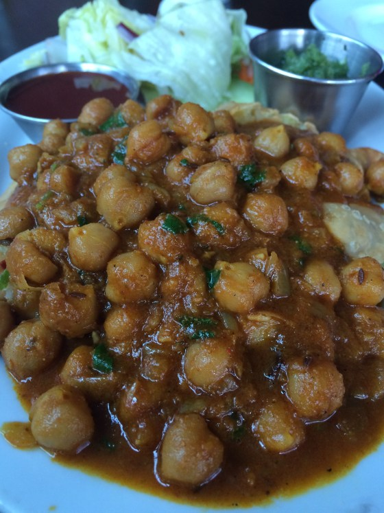 chickpeas on samosa