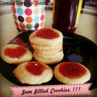Strawberrry Jim Jam Cookies