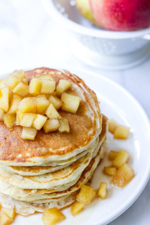 easy apple pancake breakfast