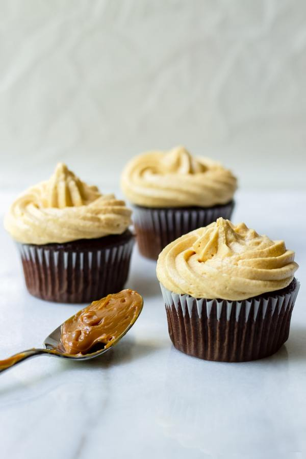 Three Chocolate Cupcakes with Dulce de Leche Filling and Frosting