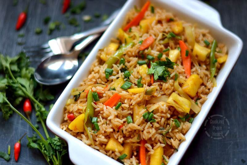 Pineapple Fried Rice | Sweet & Spicy Vegetable Fried Rice