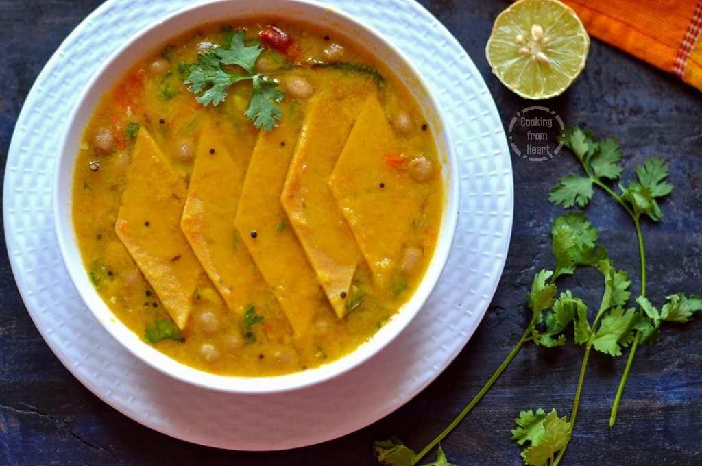 Dal Dhokli | Gujarati Special Dal Dhokli