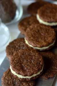 Chocolate Vanilla Cream Biscuits