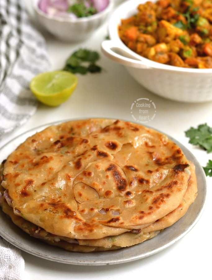 Laccha Cheese Naan | Cheesy Laccha Naan