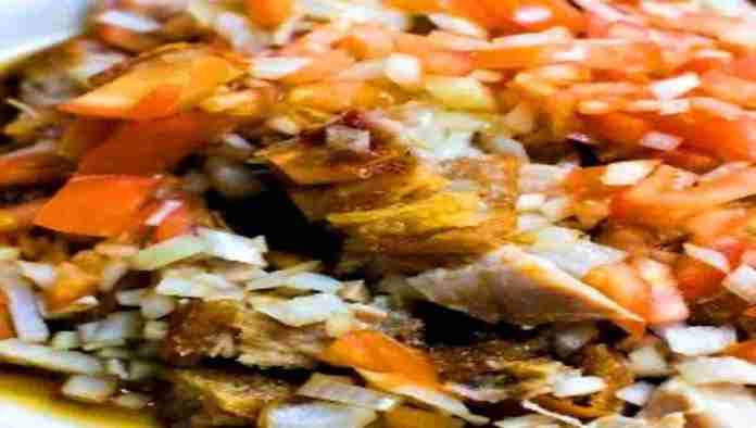 Lechon-Kawali-Tomatoes-and-Onions