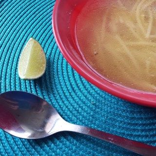 sopa de pollo chicken soup
