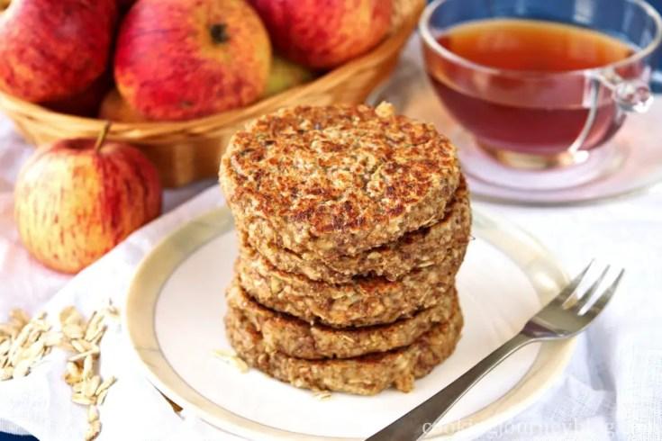 Apple pancakes – Easy healthy breakfast - Vegan