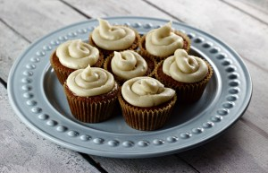 lots of spiced carrot cupcakes