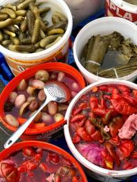 Romanian pickles on Cooking Romania by Vivi