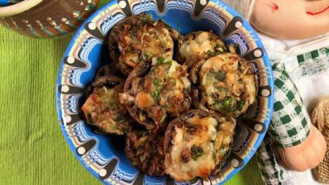 Low carb stuffed mushrooms on Cooking Romania by Vivi