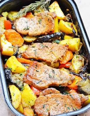 Fruit with Pork-Chops-Oven
