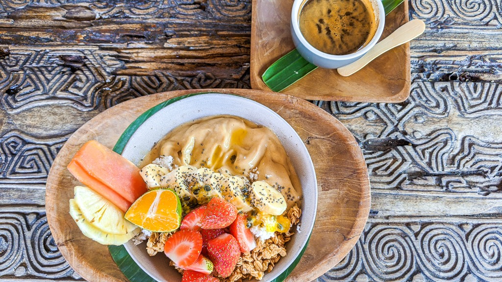 mango smoothie bowl from betelnut cafe in canggu bali indonesia