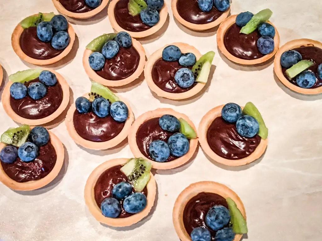 chocolate hazelnut tartlets with fruit