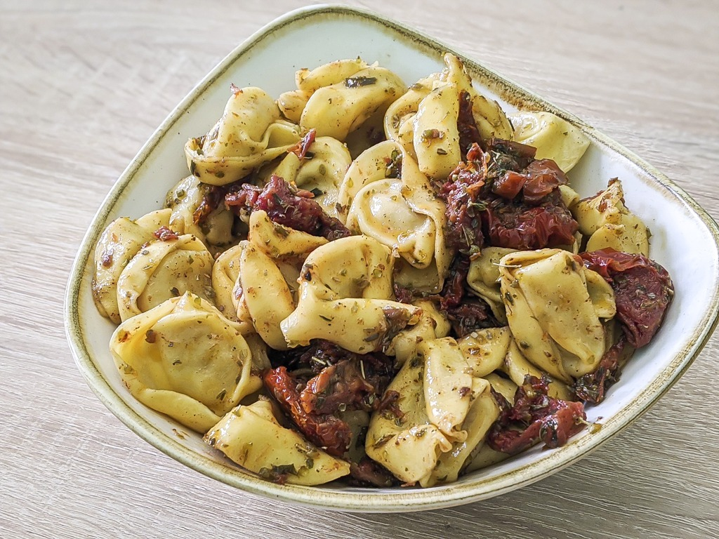 Four Cheese Tortellini With Sun Dried Tomatoes