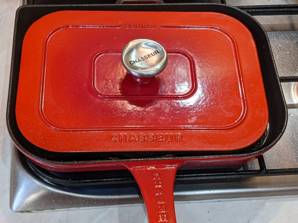 red chasseur cast iron grill pan