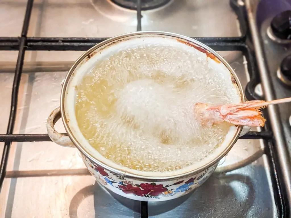 deep frying Cinnamon Toast Crunch Tempura Shrimp
