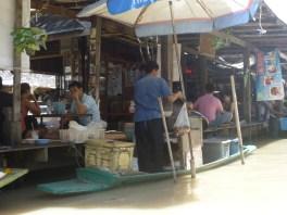 Pattaya Floating Market 1 - cookingtrips.wordpress.com