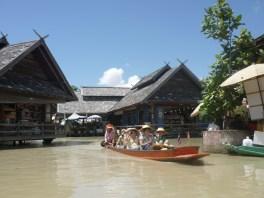 Pattaya Floating Market 2 - cookingtrips.wordpress.com