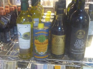 Essex Market - Italian Quarter - Olive Oil including Alziari oil from Nice, France - photo by Sophie Rebibo Halimi