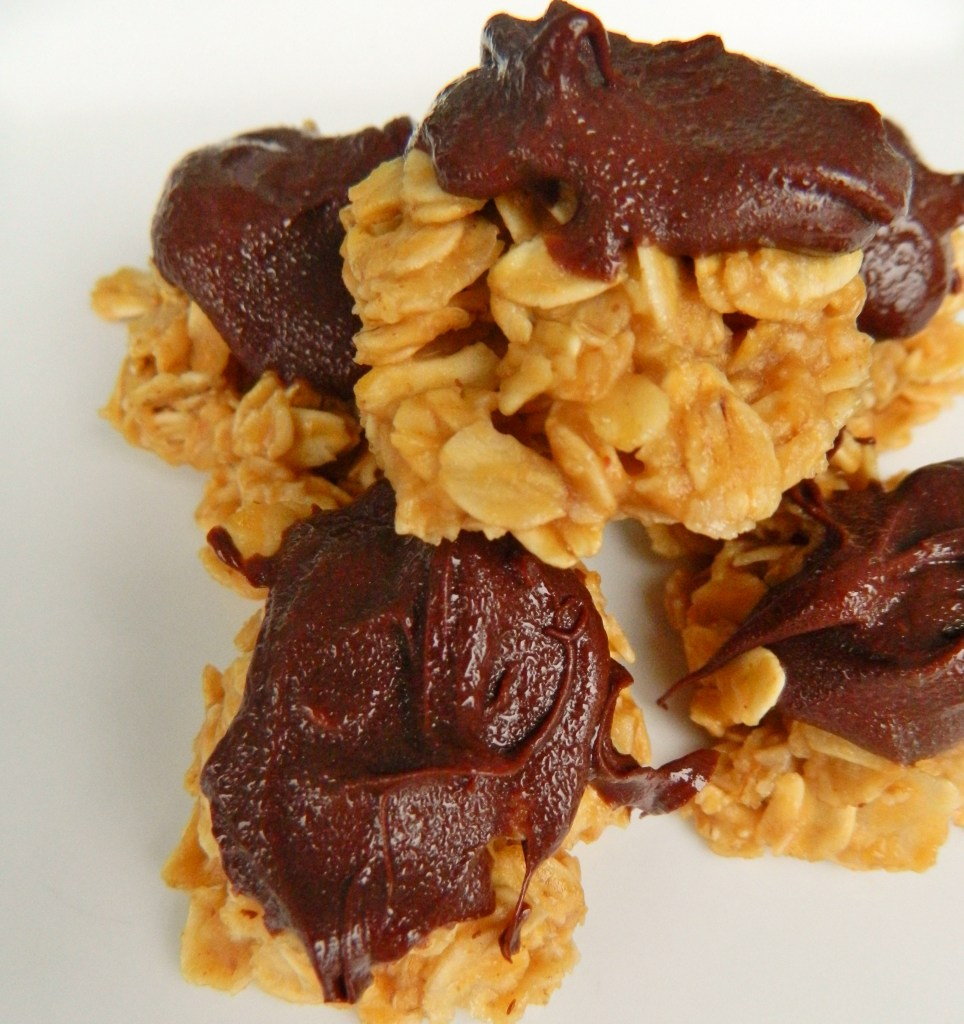 chocolate peanut butter clusters