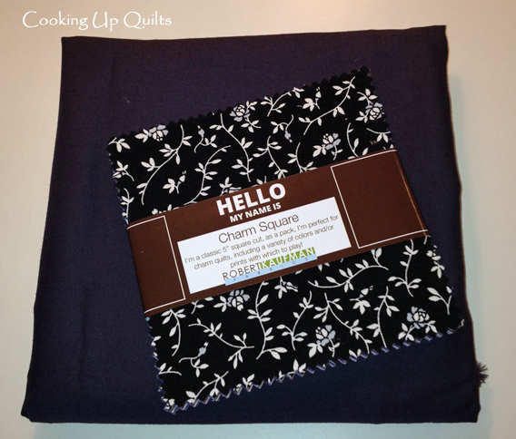 Fabric pull for Zippered Tote