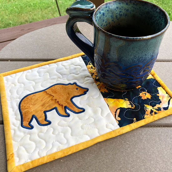 Bear Mug rug or mini quilt