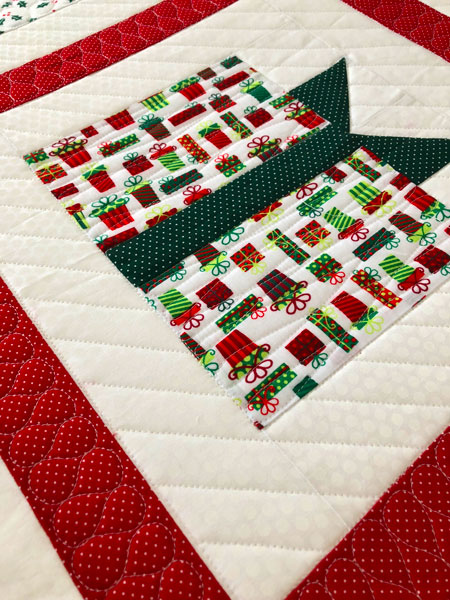gift box quilt top background quilting
