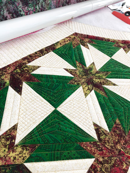 Hunter Star table runner quilted by Beth Sellers of Cooking Up Quilts