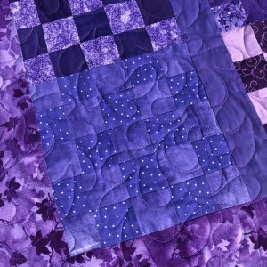 Robin's Patchwork quilt quilted by Beth Sellers of Cooking Up Quilts