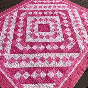 Hot Pink Quilt quilted by Beth Sellers of Cooking Up Quilts