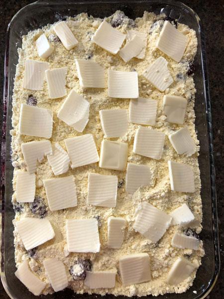 Prepared dump cake