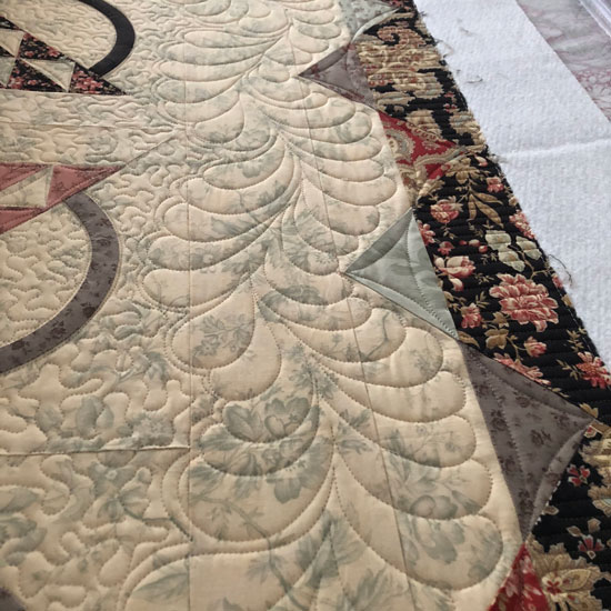 Feathers quilted by Beth Sellers of Cooking Up Quilts