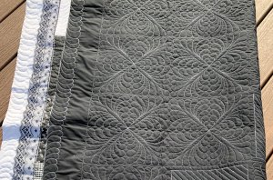 Lace Border added to quilt Quilted by Beth Sellers of Cooking Up Quilts.