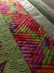 Ruler work on borders by Beth Sellers of Cooking Up Quilts