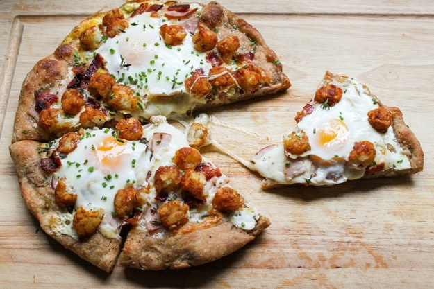 "5.) <a href=""http://thechicsite.com/2013/08/21/breakfast-pizza/"" target=""_blank"">Tater Tot Breakfast Pizza</a>"