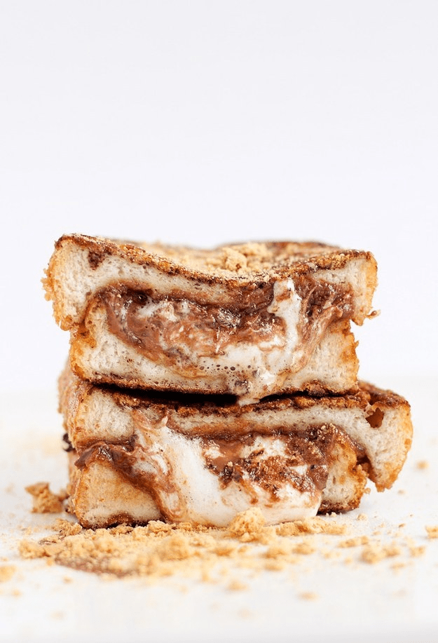 "8.) <a href=""http://bsinthekitchen.com/smore-stuffed-french-toast/"" target=""_blank"">S'more-Stuffed French Toast</a>"