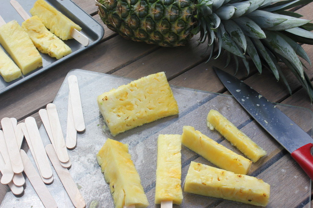 Frozen Pineapple Popsicle