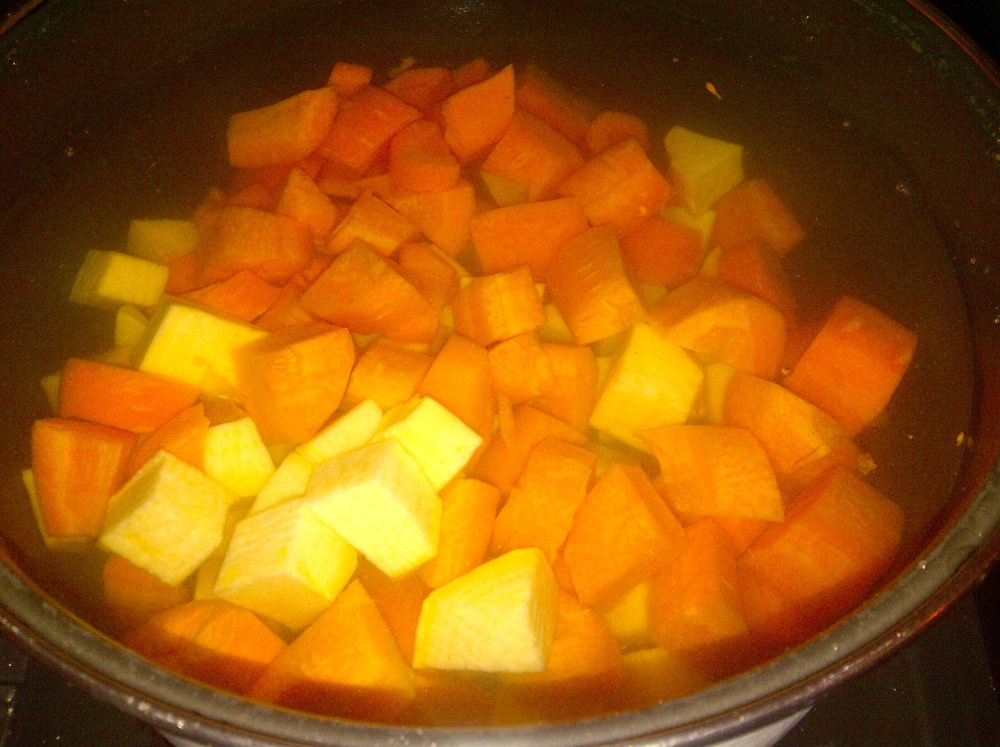 Carrot & Swede (Turnip) Mash (2/5)