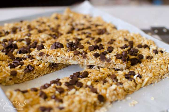 Peanut butter chocolate chip granola bars.