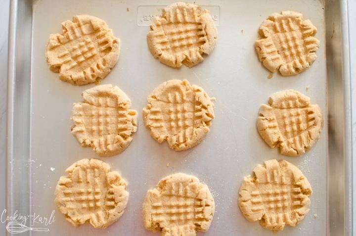 cooked peanut butter cookies