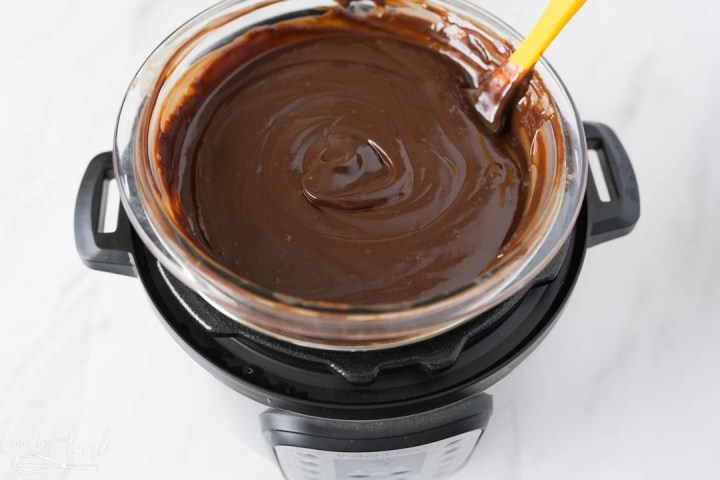 chocolate fondue in the Instant Pot