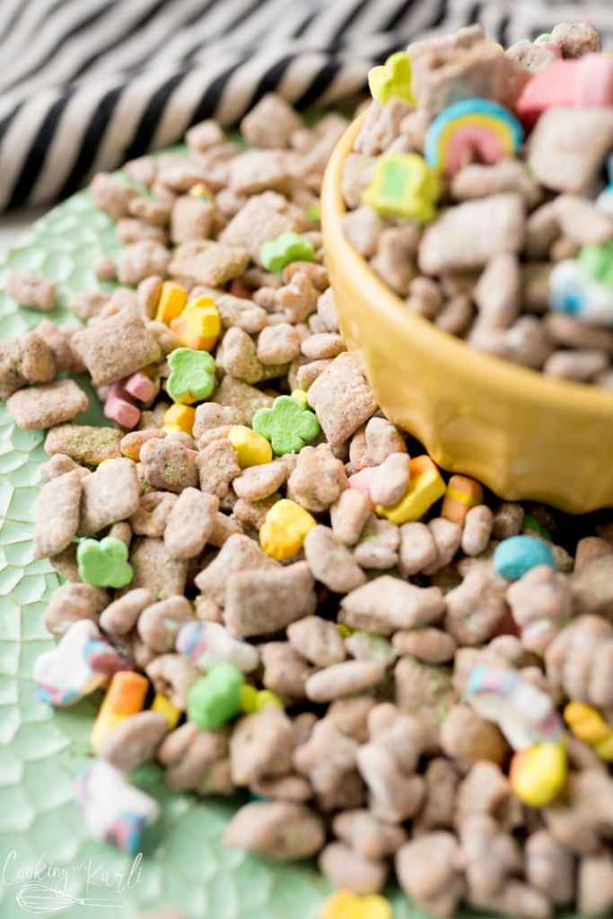muddy buddies with lucky charms for st Patrick's day