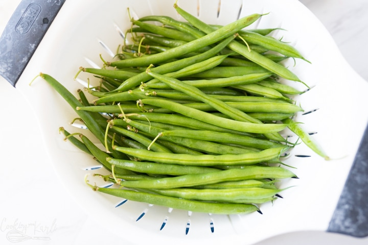 fresh green beans, washed