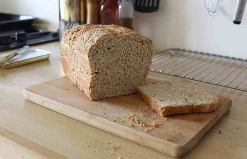Everyone loves the smell of freshly baked bread For a lot of people, it evokes memories from their childhood Realtors/Estate Agents even recommend baking bread just before a viewing, as it makes potential housebuyers like the place more