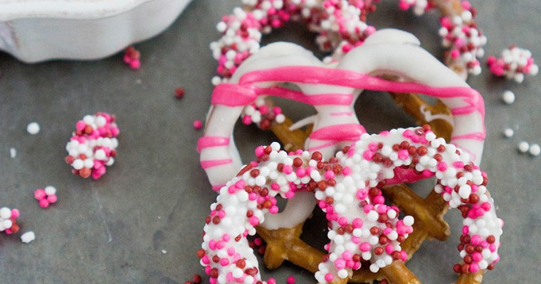 Chocolate Dipped Pretzels – Valentine's Day Treat