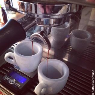 1.2_espresso_in_the_making