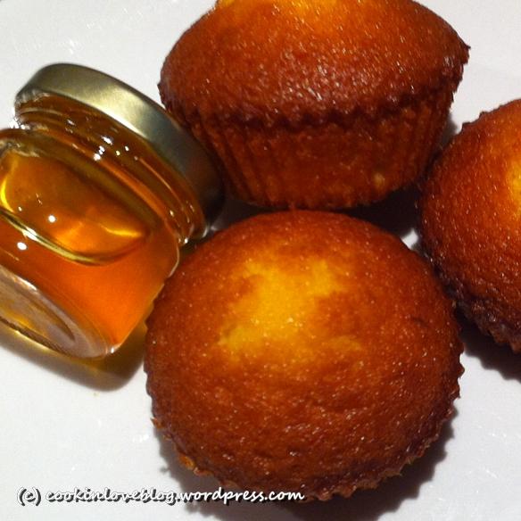 Tortini soffici alle mele.... piccola coccola anti-pioggia! (2/6)