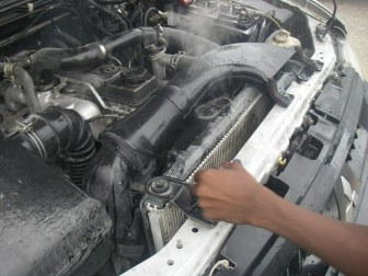 what are 10 common causes of overheating, coolant leak, overheating, cookip.com